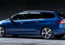Modrý automobil PEURGEOT 308 SW