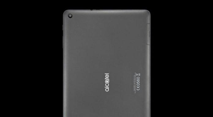 zadna strana tabletu Alcatel