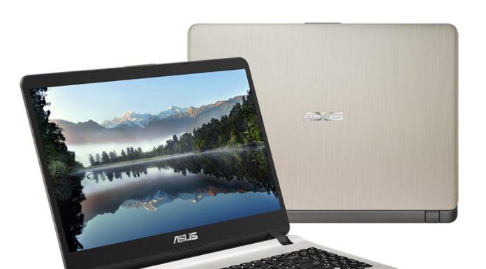 strieborný notebook ASUS X507