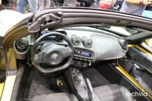 interier vozidla Alfa Romeo 4C Spider