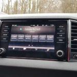 multifunkčné rádio škoda karoq
