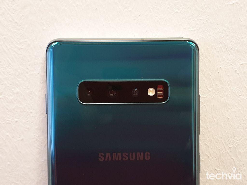 Samsung_Galaxy_S10+