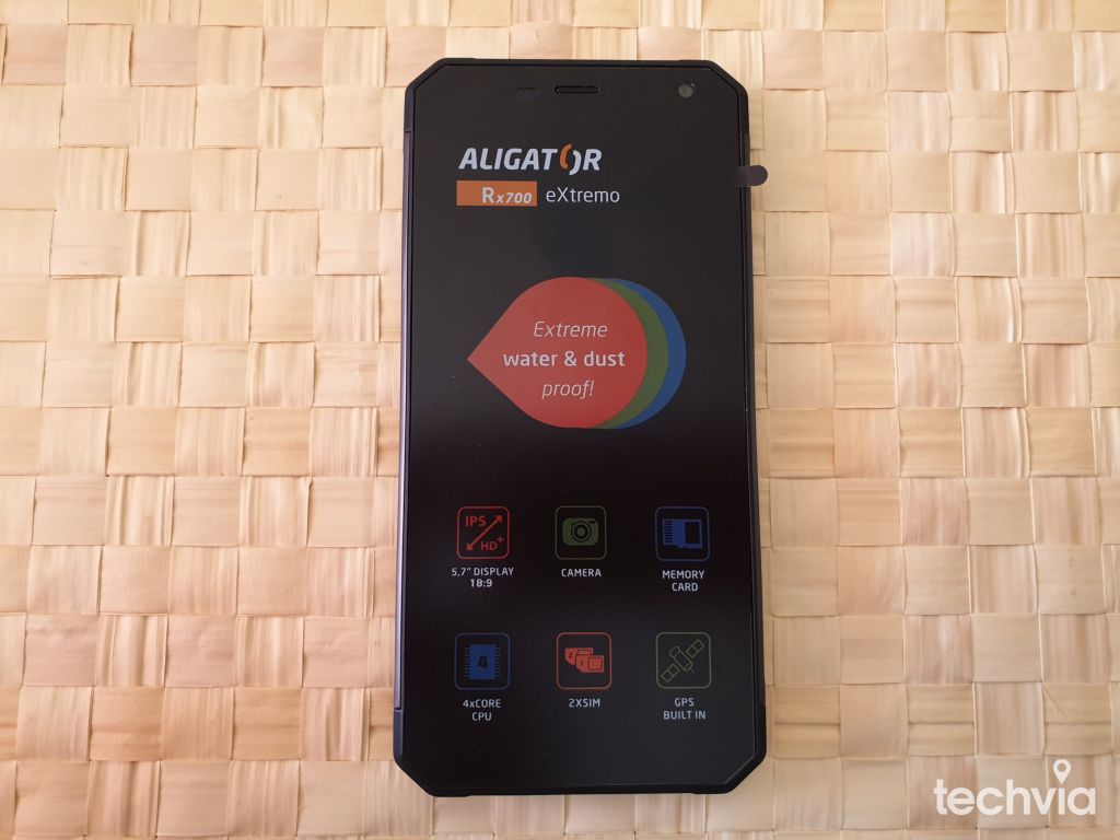 telefón ALIGATOR RX700