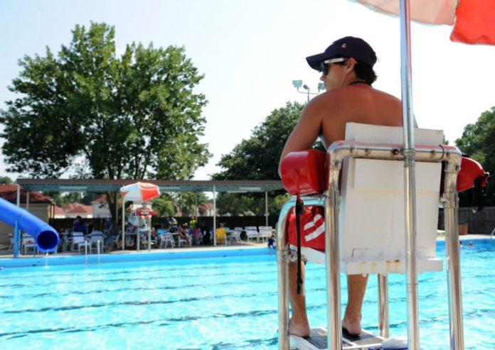 robotický plavčík