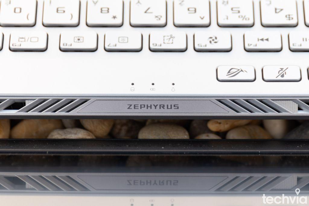 notebook ROG Zephyrus GA401IU-HE021T