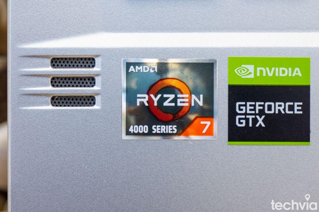 AMD notebook ROG Zephyrus GA401IU-HE021T