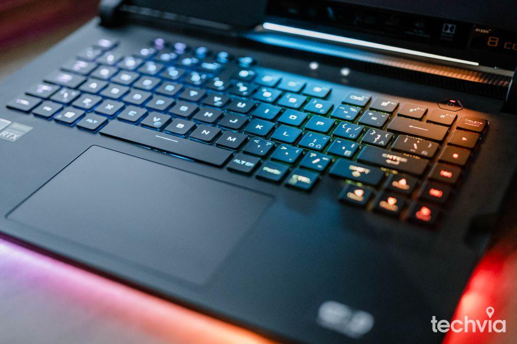 herný notebook ROG Strix G533QS