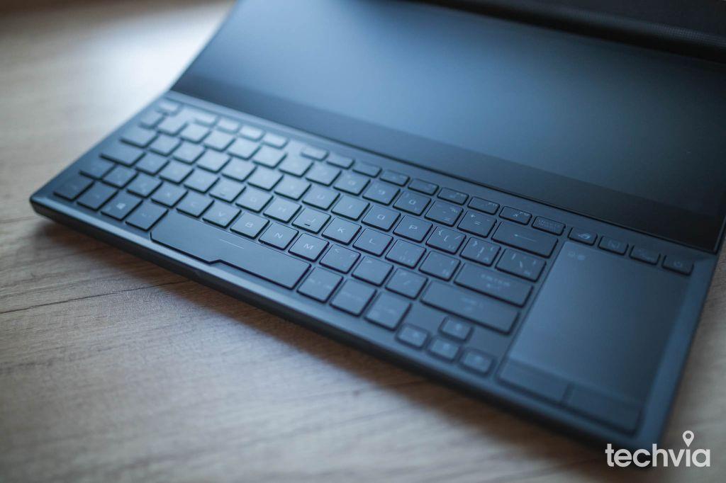 klávesnica ROG Zephyrus Duo 15 SE GX551QS