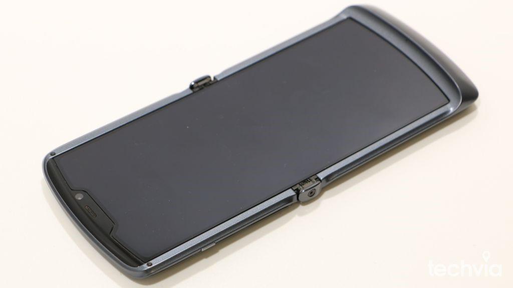 selfie fotoaparát motorola razr 5G
