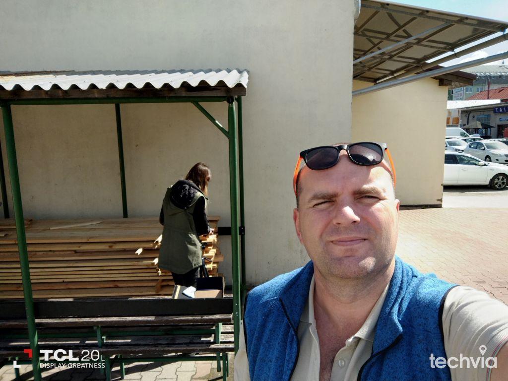 selfie fotografia TCL 20L
